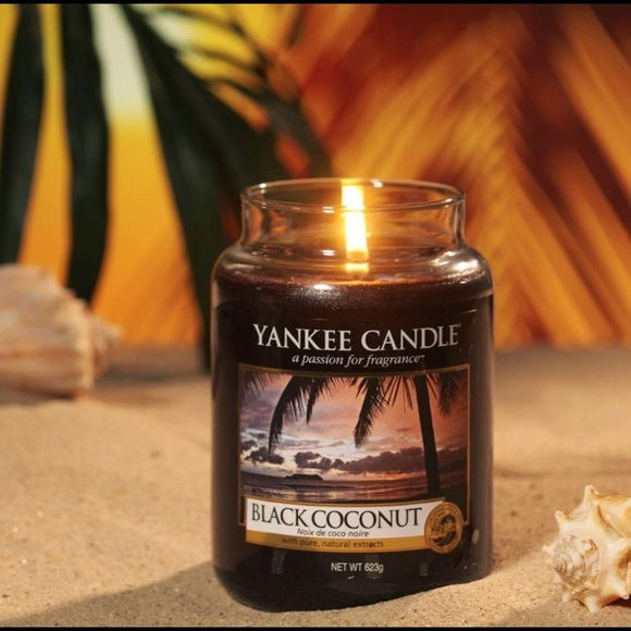 Yankee Candle Other - Black coconut large yankee candle